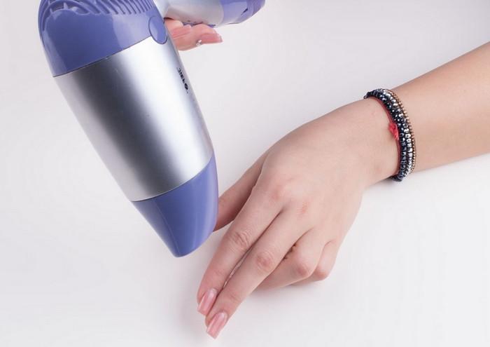 феном высушить лак на ногтях
