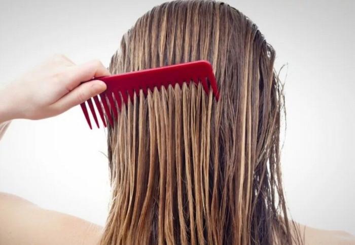 выпрямление  волос расческой